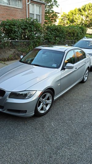 2011 BMW SERIE 328i Sedan 4D for Sale in Queens, NY