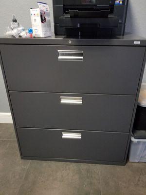 Metal File Cabinet for Sale in Orlando, FL