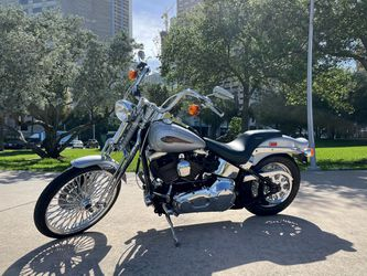 2001 Harley Davidson Softail Springer for Sale in Miami,  FL