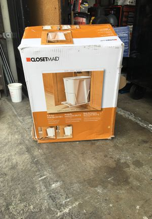 ClosetMaid 6 Gal. White Pull-Out Trash Can for Sale in Garden Grove, CA