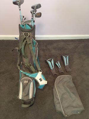 Maxfli rev 3 junior golf club set. Full set, near perfect condition. for Sale in Highland, MD