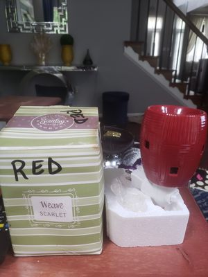 Plug-in Scentsy warmer for Sale in Brandywine, MD