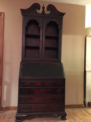 Secretary Desk, Governor Winthrop, by Ethan Allen for Sale in Novi, MI