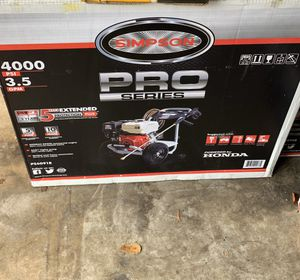 SIMPSON SIMPSON Pro Series 4000 PSI 3.5-Gallon-GPM Cold Water Gas Pressure Washer with Honda Engine CARB for Sale in Opa-locka, FL