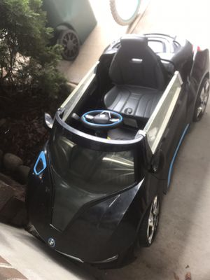 BMW i8 electric car CLEAN W CHARGER for Sale in Lewisburg, PA