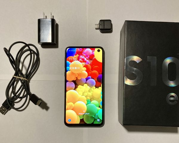Samsung Galaxy S10e 128g w/ IOS to Android Converter