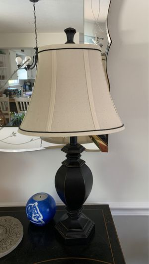 2 lamps for Sale in Brunswick, OH