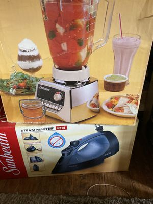 Blender and iron for Sale in Kalama, WA