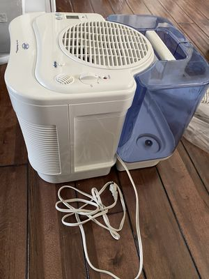 Like new humidifier and evaporative humidifier for Sale in Wheaton, IL