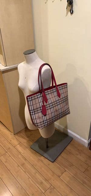 Authentic Burberry reversible tote bag for Sale in San Francisco, CA