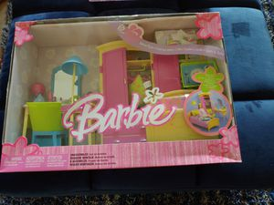 RARE! COLLECTIBLE ! BRAND NEW 2004 BARBIE BEDROOM PLAYSET! for Sale in Delray Beach, FL