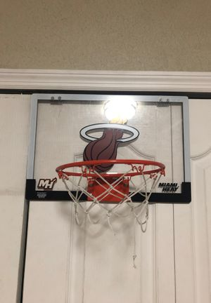 Mini basketball hoop for Sale in Miami, FL