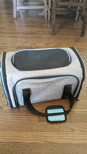 Dog carrier for Sale in Joliet, IL