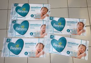 5 brand new Pampers Baby Wipes packs, 30 wipes for Sale in Fort Lauderdale, FL