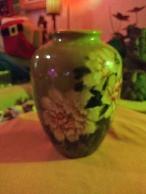 Flower vase for Sale in GRANT VLKRIA, FL