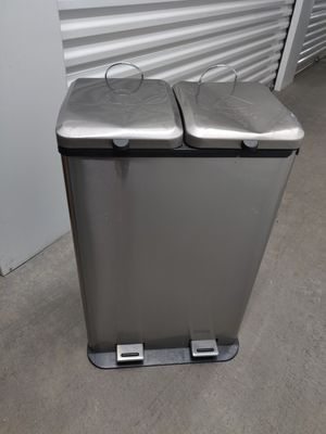 Silver Trash Can with 2 Compartments for Sale in Las Vegas, NV