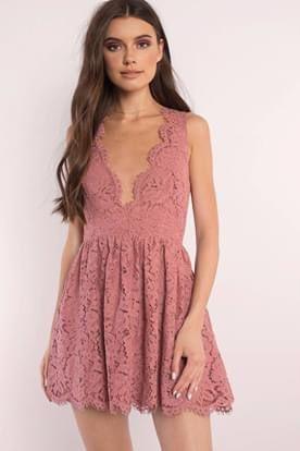 Tobi Dusty Rose Terracotta Lauren Scallop Dress for Sale in Rosemead, CA
