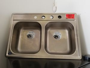 Kitchen sink on sale **price is firm for Sale in Humble, TX