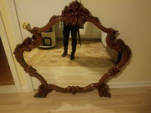 Antique mirror for Sale in New Britain, CT