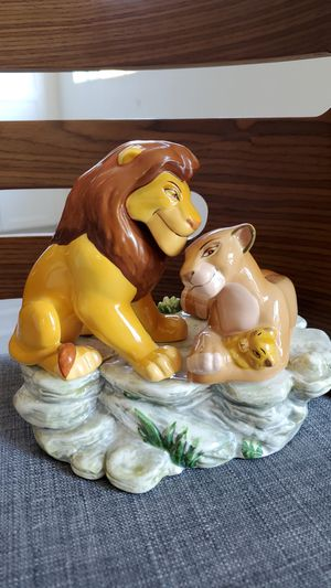 Disney The Lion King Music Box statue collectible Schmid for Sale in Placentia, CA