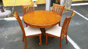 Kitchen Table w/Chairs for Sale in Oakland Park, FL