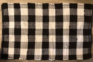 "Buffalo Check Black & White Farmhouse Chindi Rug 20""x30"" for Sale in Mentor, OH"