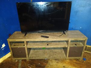 Tv stand 60in for Sale in Evansville, IN