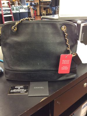 Preowned Chanel bag authentic !! for Sale in Vista, CA