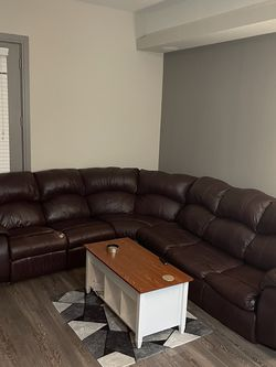 Great Couch! Sectional With Recliners And Bed for Sale in Austin,  TX