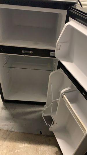 Emerson mini fridge and freezer for Sale in Boston, MA