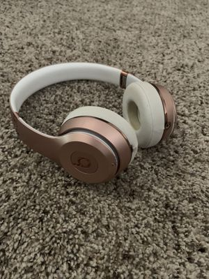 Rose Gold Beats for Sale in Brownsville, TX