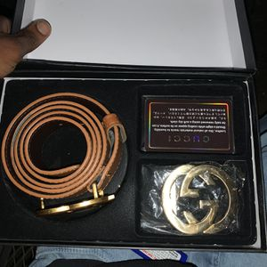 Brand NEW Gucci Belt . Comes With Buckles And BOX for Sale in Woodbridge, VA