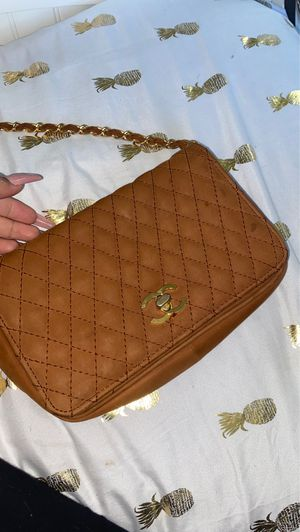 vintage Chanel bag calfskin used for Sale in Queens, NY