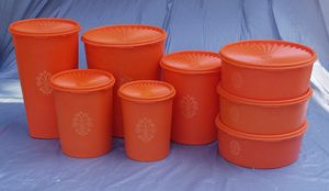 Vintage orange Tupperware canister set plus for Sale in Townville, SC