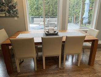 5 Leather Dining Chairs & Bench for Sale in Snoqualmie Pass,  WA