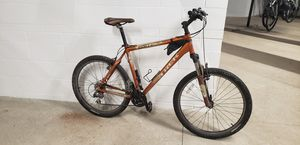 "21"" Trek Mountain Bike & Accessories for Sale in Minneapolis, MN"