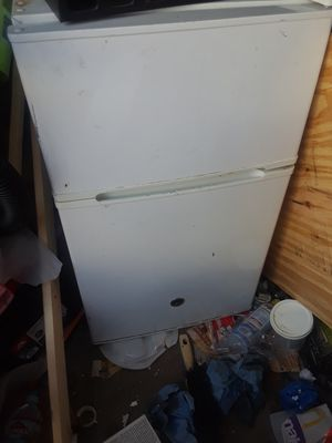 Mini fridge for Sale in Westminster, CA