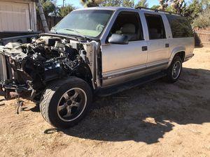 1999 suburban parts for Sale in Hesperia, CA