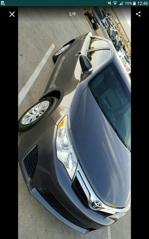 2014 toyota camry 60k low miles Salvage runs great se habla espanol for Sale in Fontana, CA