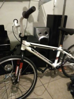 Redline racing bike 20 inch mint condition light weight everything runs perfect profile Odyssey aninal primo bmx for Sale in Avondale, AZ