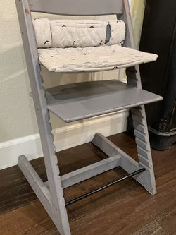 Stokke Tripp Trapp High Chair - Free for Sale in Milpitas,  CA