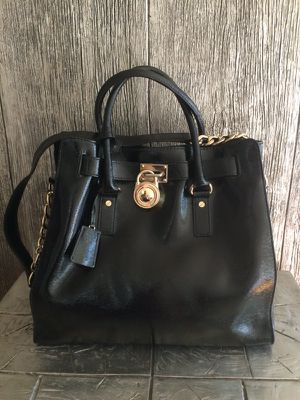 Michael Kors Hamilton Leather Handbag for Sale in San Diego, CA