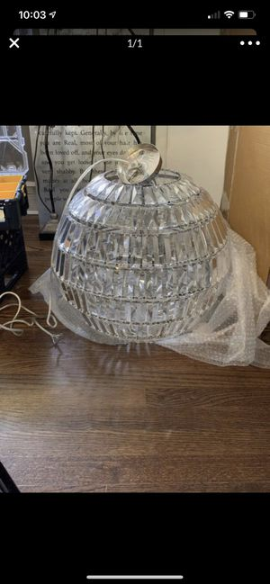 Chandelier for Sale in Milford Charter Township, MI