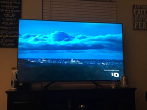 65 inch hi-sense H8F ULED 4K -in absolutely perfect condition for Sale in Fenton, MO