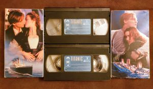 Titanic VHS Movie (2 )Tape Box Set for Sale in Patsey, KY