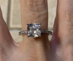 New CZ 2.5 kt sterling silver wedding ring size 8 for Sale in Palatine, IL