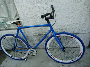 Bike Fixie for Sale in East Los Angeles, CA