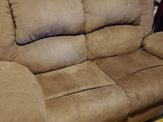 Loveseat Recliner for Sale in Creighton,  PA