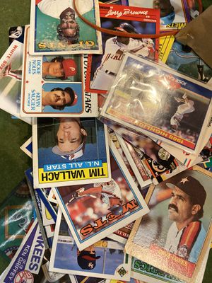 Thousands of baseball cards for Sale in Brooklyn Center, MN