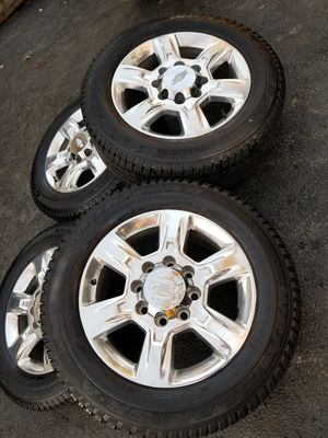 "20"" Chevy Silverado Ltz 2500 HD stock wheels tires great shape! for Sale in Bolingbrook, IL"